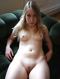 Fat and funny gf on home porn photos